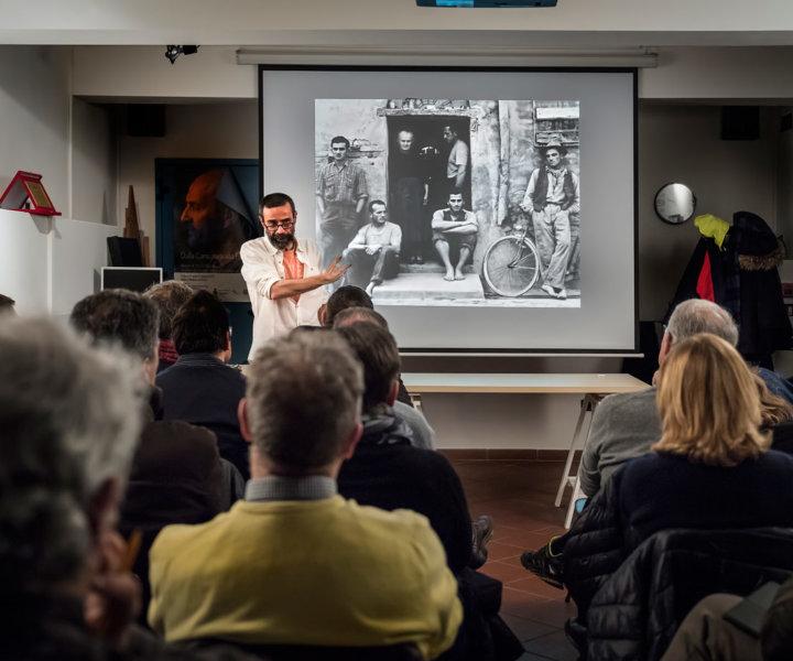 Un'interessante iniziativa promossa e organizzata dallo storico GFA di Padova, per esplorare la fotografia a 360 gradi. Il primo corso, dedicato al bianconero, con Francesco Merenda.